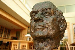 Image of Linus Pauling
